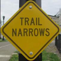 Trail-narrows-sign-Midtown-Greenway-Minn-MN-5-10-17
