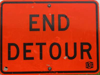 End-detour-sign-Midtown-Greenway-Minn-MN-5-10-17