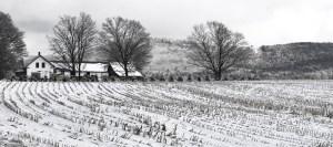 031-vermont-winter-farm