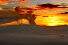 awan hujan sunset camp 7