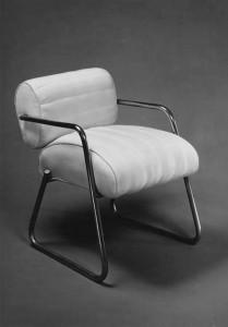 eileengray_armchair_1930-209x300
