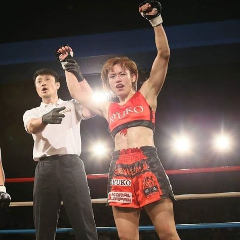 JIN FIGHT adidas MMA & BJJのスポンサードアスリートである富松恵美選手が6月9日(日)、東京都・新宿FACEで開催されるDEEP JEWELS 24に出場することが決定しました!前大会、見事な一本勝ちを収めた勢いそのままに連続参戦!富松選手へのご声援よろしくお願いします!#富松恵美 #JEWELS #ジュエルス #ジョシカク #女子格闘家 #Rieメジャーデビュー #JINFIGHTadidasTeam #ジンファイトアディダスチーム