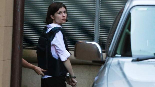 นาง Donna Deaves ถูกนำตัวมาฟังคำตัดสินโทษในเดือนกันยายน 2013