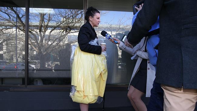 ส.ว. Jacqui Lambie เตรียมชุดเหลืองมากล่าวปราศรัยโดยเฉพาะ
