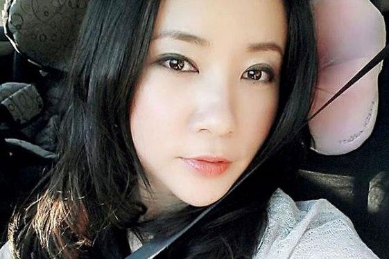 ภาพ Yingying Dou ในเฟสบุค