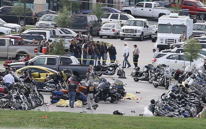 ภาพหลังเหตุการณ์ยิงกันระหว่างสองแก๊งไบกี้คู่อะริที่รัฐเท็กซัส, สหรัฐอเมริกา