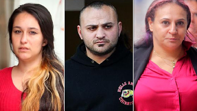 สามผู้ต้องหาน.ส. Meltem Temel, นาย Suat Sarmisaklioglu และนาง Randa Morabe : ภาพชั่วคราวจากนสพ. the Telegraph
