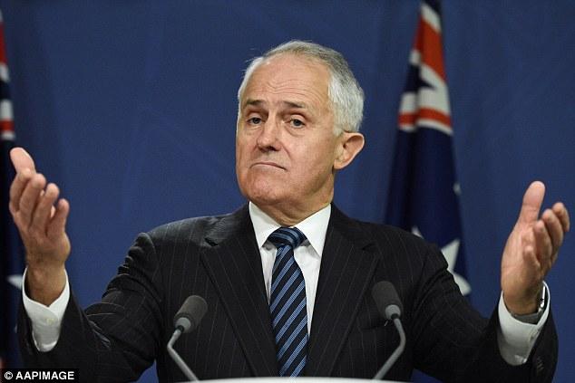 นาย Malcolm Turnbull นายกรัฐมนตรีขณะแถลงข่าวกรณีเว็บไซท์สำมะโนครัวล่ม : ภาพจากนสพ. dailymail.com.uk ต้นฉบับสำนักข่าว AAP
