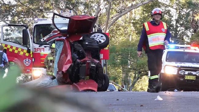 รถมิตซูบิชิมิราจของนาง Kay Maria Shaylor หลังเกิดอุบัติเหตุในสภาพคนอยู่ภายในรถไม่น่ารอด : ภาพชั่วคราวจากนสพ. the Telegraph
