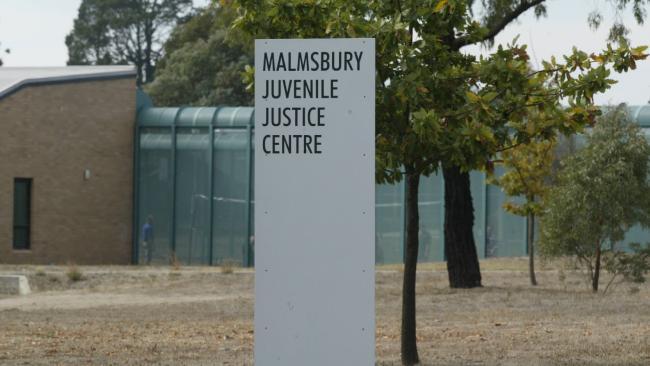 สถานกักกันเยาวชน Malmsbury Juvenile Justice Centre ในรัฐวิกตอเรีย : ภาพจากนสพ. Herald Sun