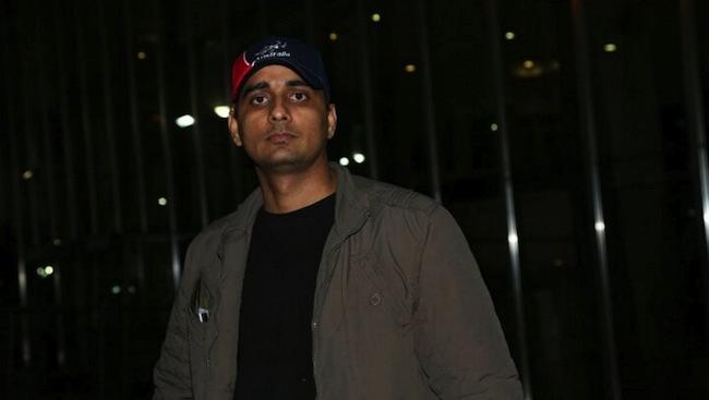 นาย Lokendra Singh : ภาพชั่วคราวจากนสพ. The Examiner