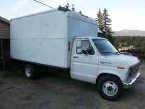 1990 Ford e350 box truck