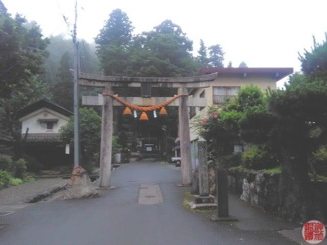 式内 下塩津神社 |