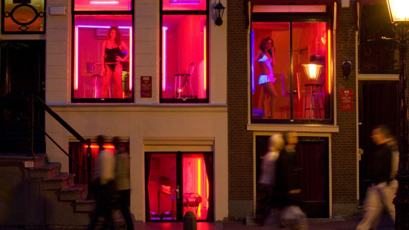 amsterdam-red-light-district-lead