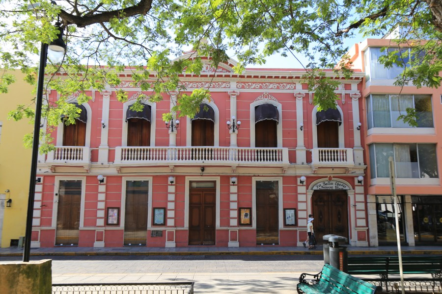 Merida: The city of mansions, markets & colonial architecture