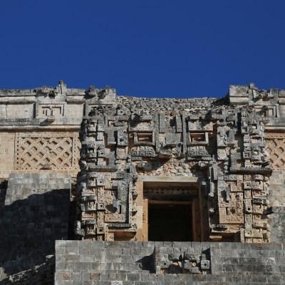 Visiting Mayan Temples: Uxmal vs. Chichen Itza