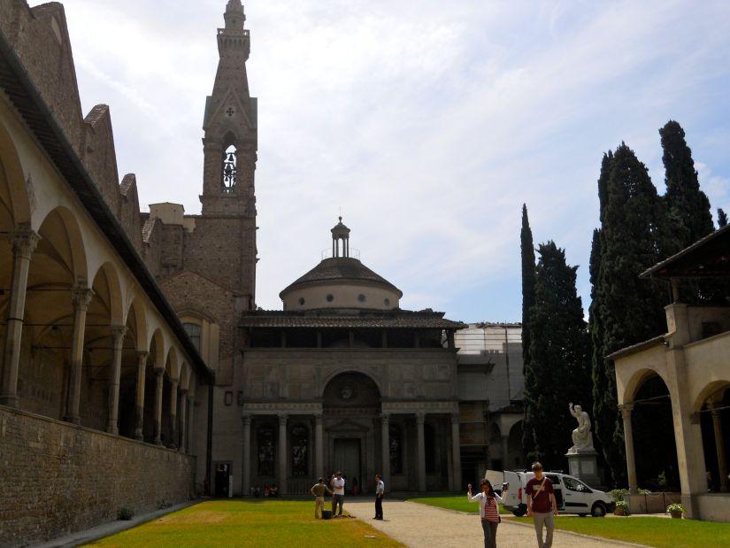 Pazzi Chapel exterior