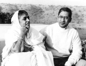 With wife late sau Kantabai