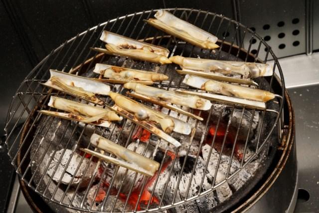 マテ貝の炭火焼き