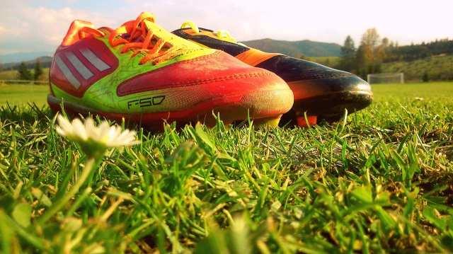 football-627902_1280
