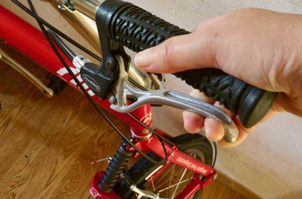 スポーツバイクではブレーキは命綱