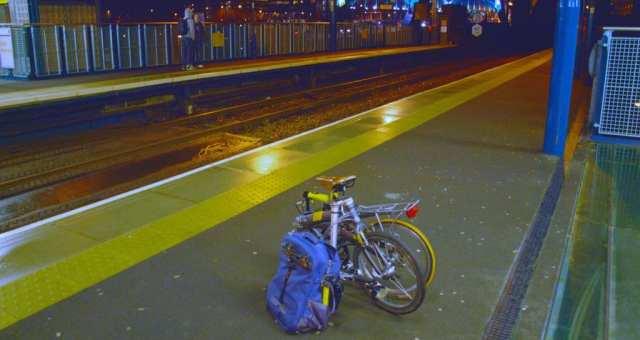 折りたたみ自転車を電車に持ち込む際の注意点