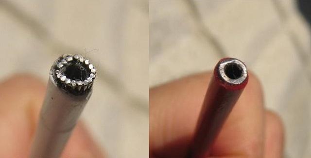 シフトアウター断面。 細いワイヤーに囲まれているためニッパーで切ると変形してうまく切断できません。(左) ブレーキアウター断面。ニッパーで切断可能。但し切り口はヤスリで整える必要あり。(右)