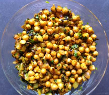 bean recipe, spicy bean recipe, chickpea recipe, healthy recipe, snack food recipe, chickpea, beans, Jittery Cook