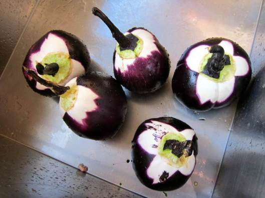 stuffed Sicilian eggplants, jittery cook stuffed eggplant, recipe, food, Italian food, Italian recipe