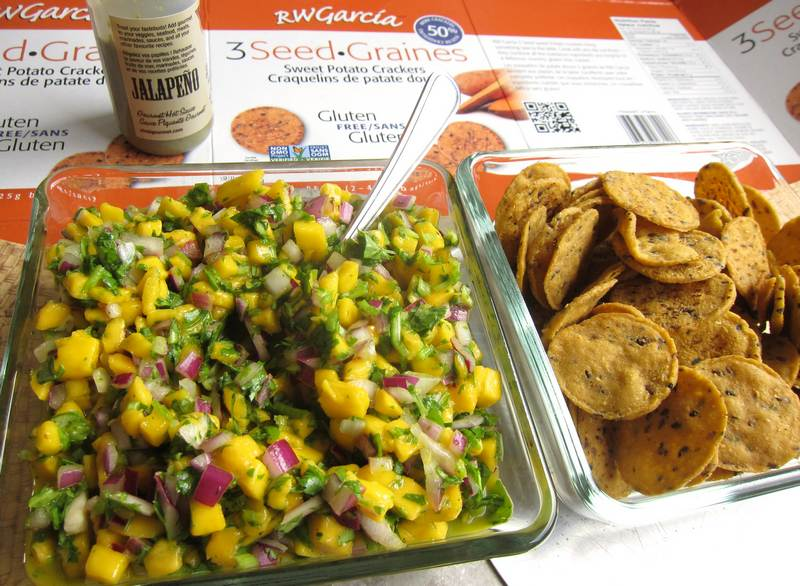 Jalapeño Mango Salsa on Sweet Potato Crackers