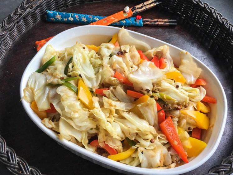 Szechuan Cabbage Stir Fry – So Sizzlin' Hot