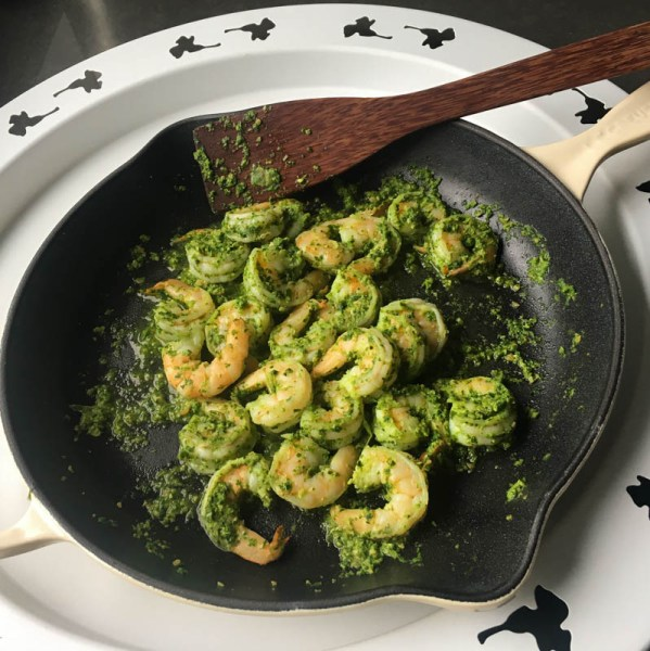 shrimp, shrimp recipe, seafood recipe, easy shrimp recipe, pesto shrimp, Fat Bastard wine recipe, shrimp wine recipe, shrimp pesto wine recipe, easy dinner recipe