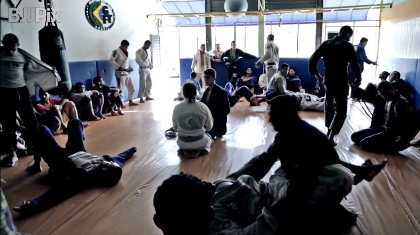 Six Ways To Prevent Injuries When Training At Another Bjj