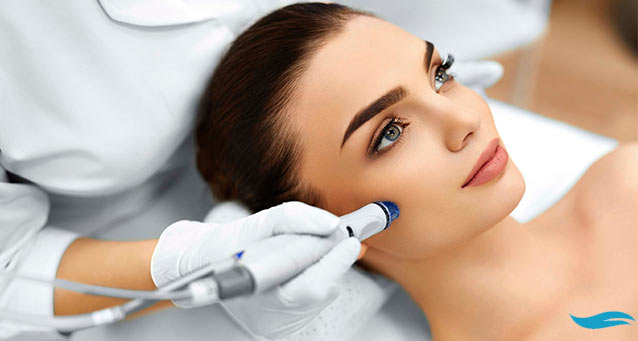 Beauty Solution Profile: The Microdermabrasion | Woman getting microdermabrasion treatment | Jiva Spa Toronto anti aging facials beauty spa salon skin rejuvenation medispa