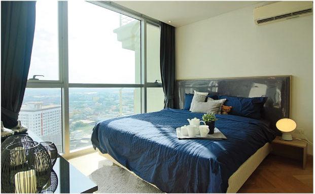 採光がよく明るいベッドルーム