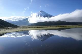 lagoons-lakes-in-ecuador-limpiopungo