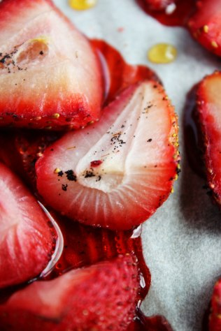 roasted-strawberries-3