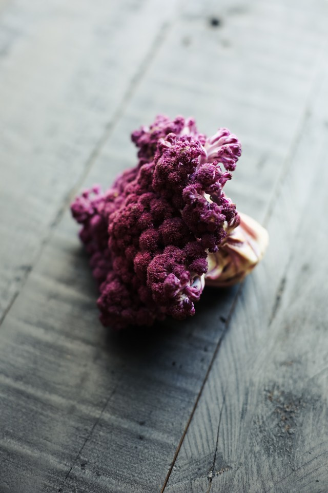 purple-cauliflower-2
