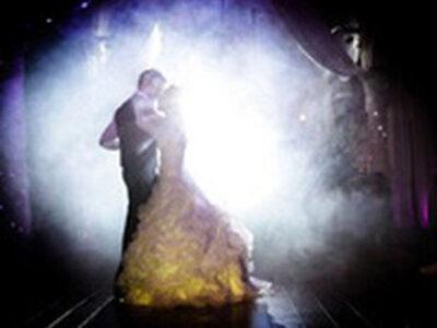 音と照明による演出
