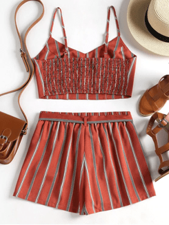 Image_Zaful_striped_red_shorts_at_the_back