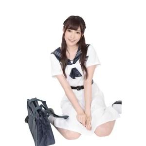学校制服 純白 2 (日本版)