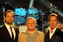 """Gerade mal zwei Wochen kann Til Schweiger den Tatort-Quotenrekord halten, schon erobert sich das Münster-Team die Spitze zurück. Mit 12,81 Mio. Zuschauern schreibt """"Summ, Summ, Summ"""" Fernsehgeschichte."""