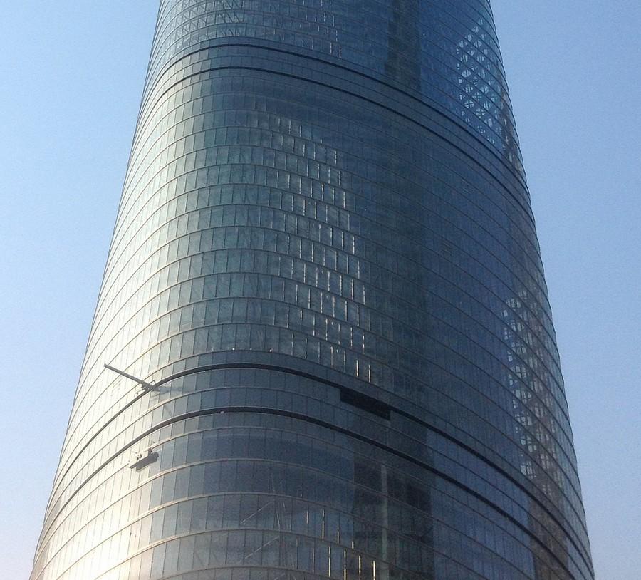 shanghai-tower-building-g100115-5