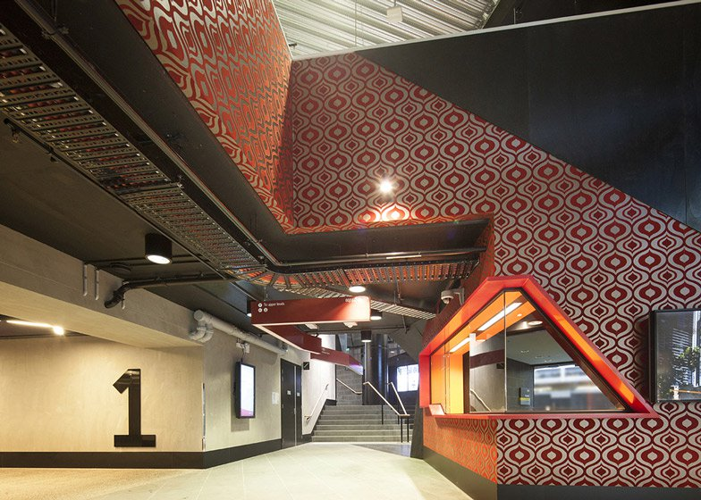dezeen_RMIT-Swanston-Academic-Building-by-Lyons_ss_10