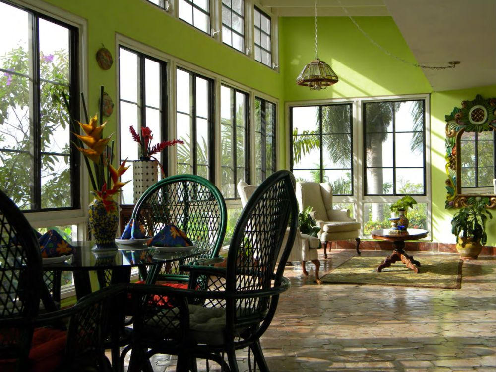 008 1448383646margarita 2nd living room jpg