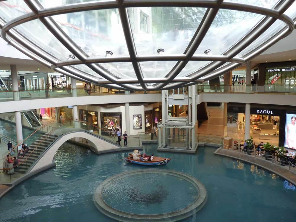 The_Shoppes_at_Marina_Bay_Sands_Singapore
