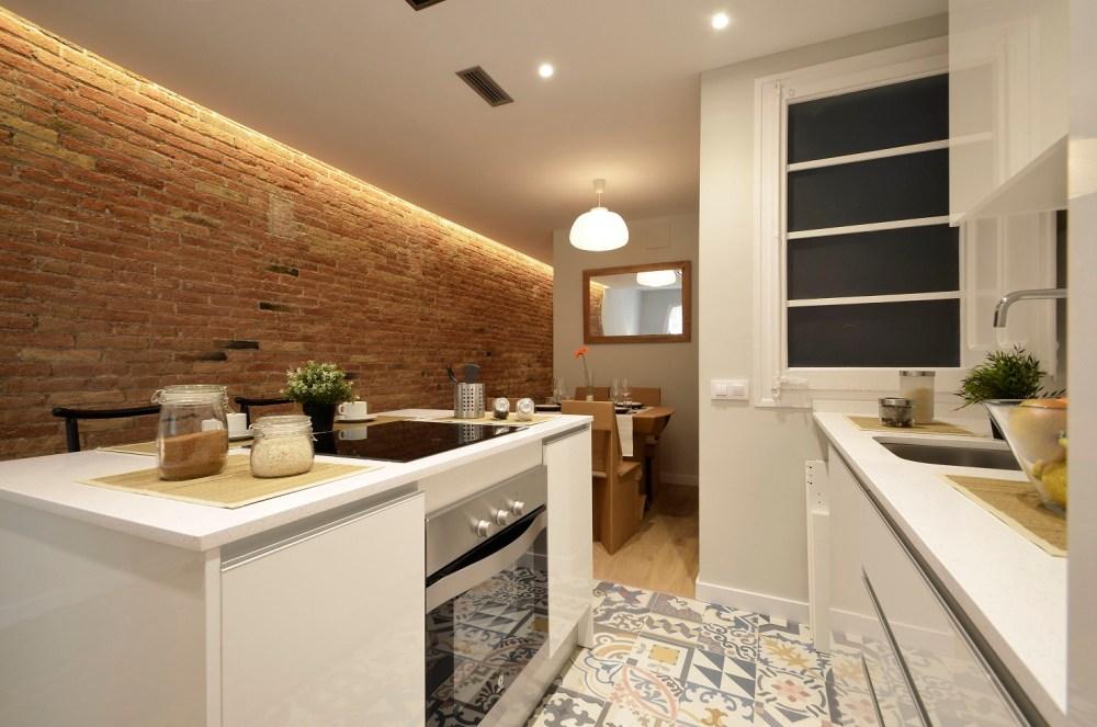 003 Industria 189 2-1 Barcelona - BCN Home Staging Julio 2016 - 03