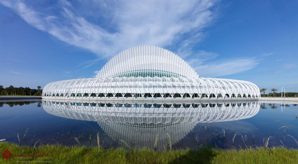 Innovation-Science-and-Technology-Building-by-Santiago-Calatrava-00