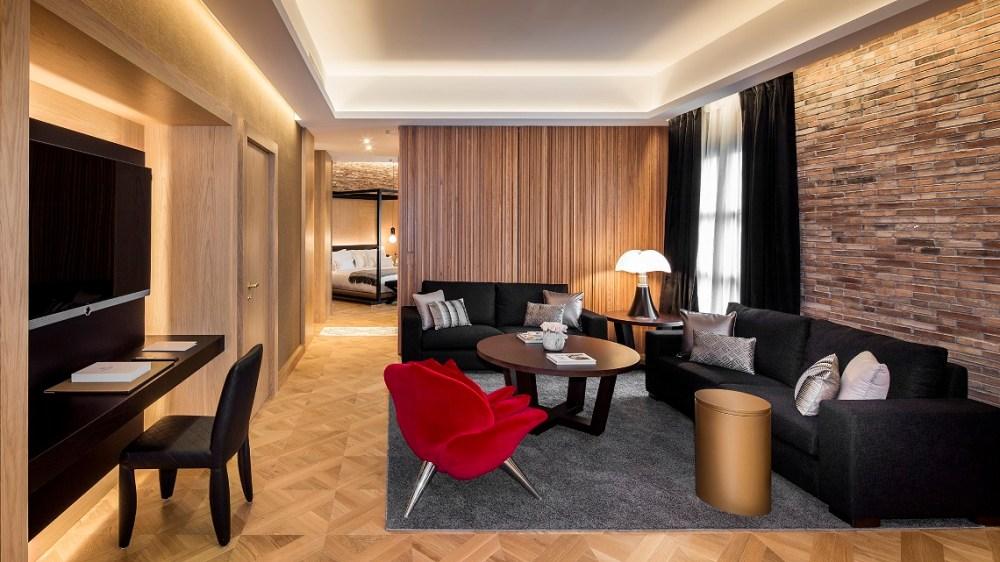 011 Monument - Suite Batlló