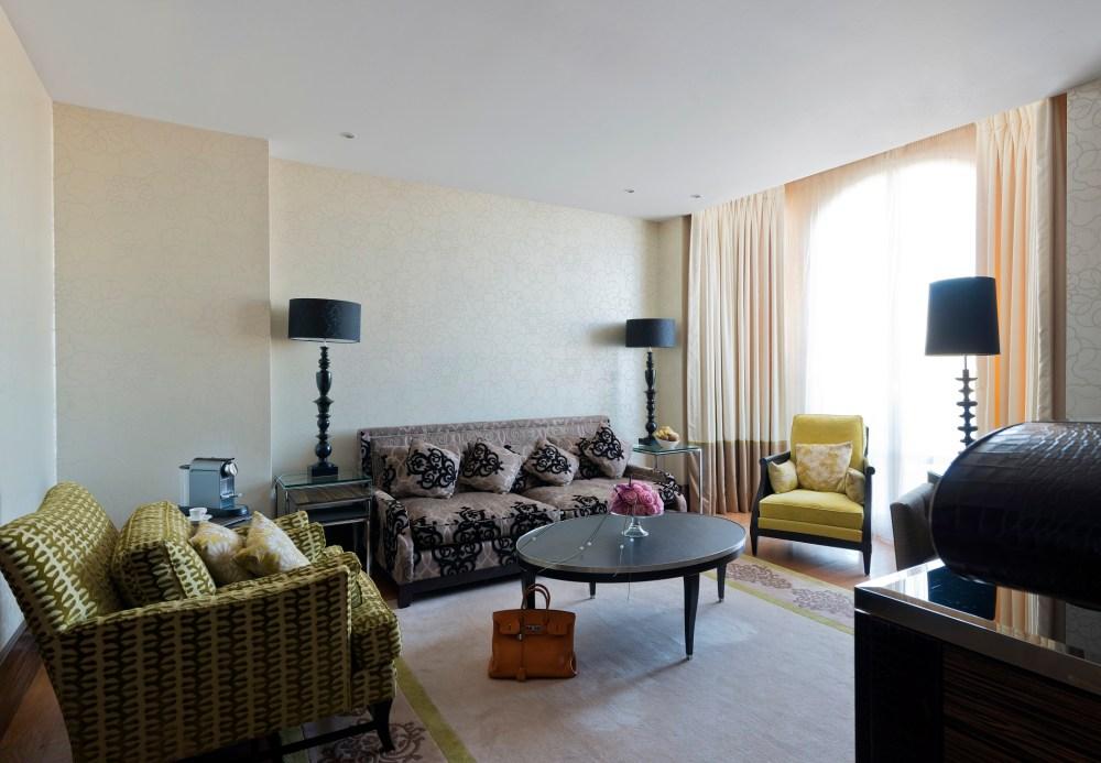 011 30-Suite Uma Thurman 795_ALP5250